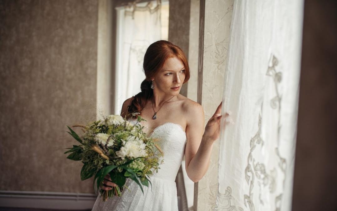 """Brautkleider von """"Mädchenträume"""""""